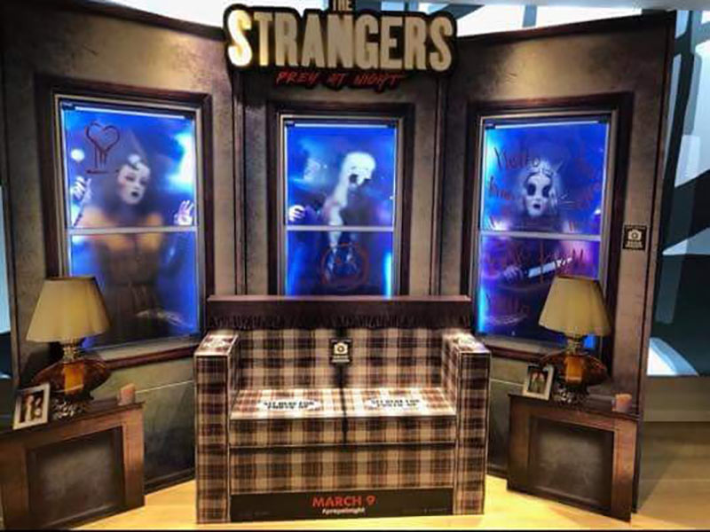 the-strangers-cool-in-theater-promo