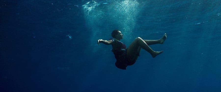 Mortimer's-CARGO_underwater